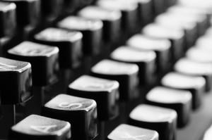 typewriter-726965_1920
